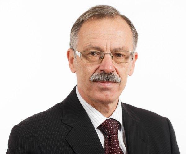 dr. Mojmir Mrak